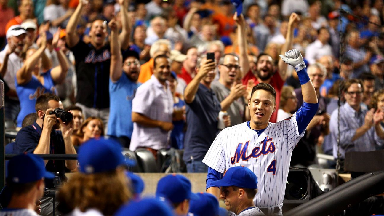 Friends addict wilmer flores gets citi field clapping fields new york mets infielder wilmer flores hit a go ahead three run home run in the fifth inning thursday to give new york the lead for good as the mets rallied kristyandbryce Gallery