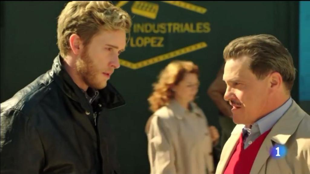 Captura vídeo: http://www.rtve.es/alacarta/videos/cuentame-como-paso/t17-aprendi-capitulo-294/3448802/