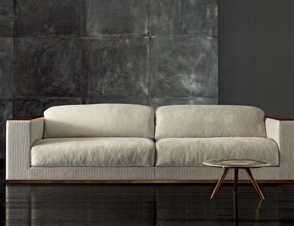 Mobili Rugiano ~ Nella vetrina rugiano vogue 6017 240b in beige suede leather