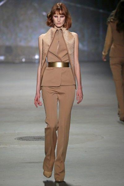 Claes Iversen - Herfst/Winter 2013-14 - Fashion Shows - VOGUE Nederland