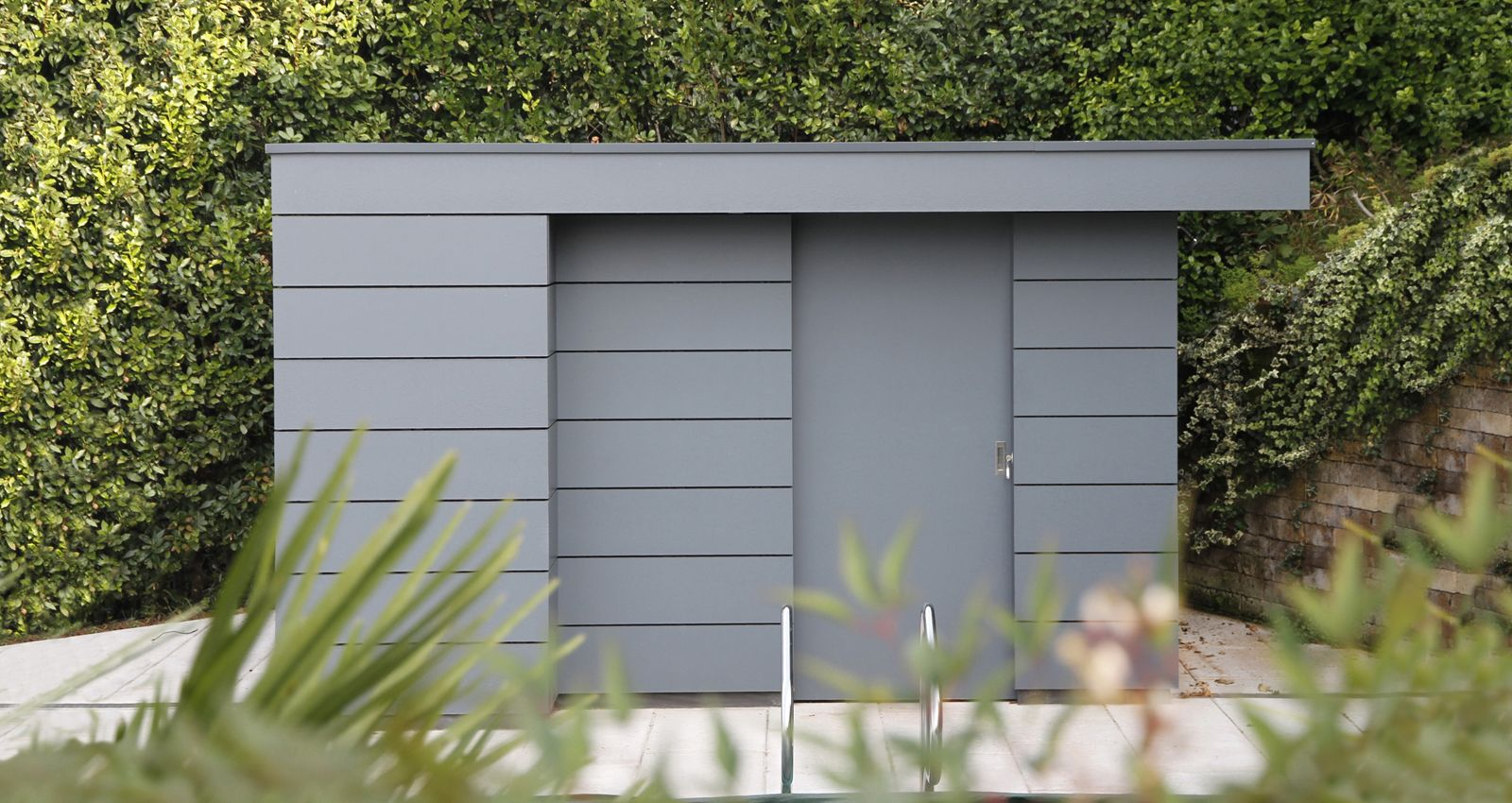 Garden shed modern design grey hpl planks new project bavarian lakes pinterest - Gartenhaus modern metall ...