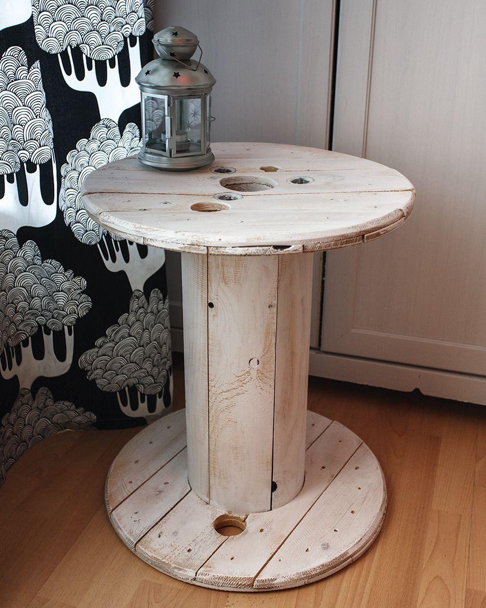 touret table basse en bois blanc patin meubles et. Black Bedroom Furniture Sets. Home Design Ideas