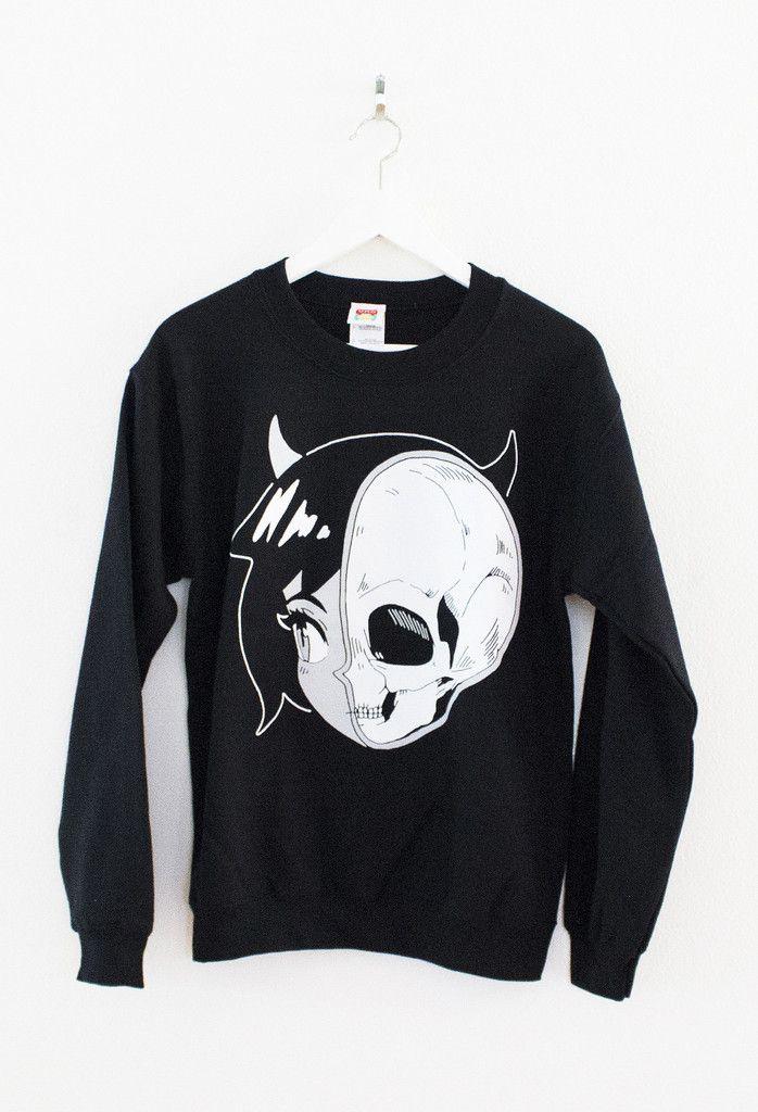 SKULLGIRL Sweater – OMOCAT  Want this soooo bad...