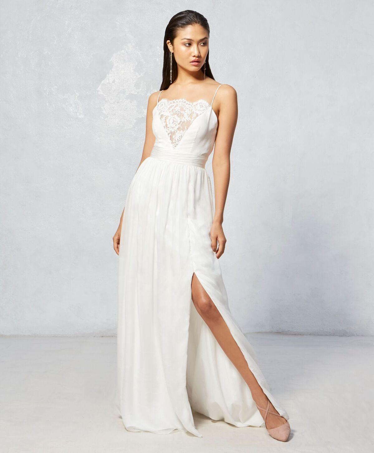 Wren Ivy Aster Fall 2017 Collection Boho Wedding Dress Short Wedding Dress Wedding Dress Trends Boho Wedding Dress [ 1452 x 1200 Pixel ]