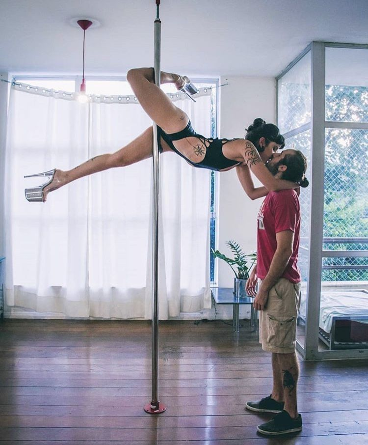 Need A Photoshoot With The Man S Pole Dancing Fitness Pole Dance Moves Pole Dancing