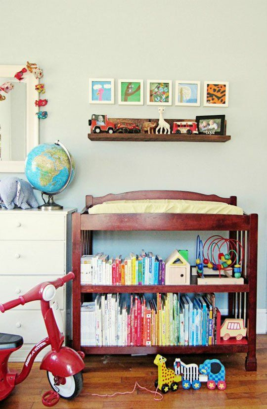 Bryson\'s Peaceful Pad and Guestroom | Book Displays | Pinterest ...