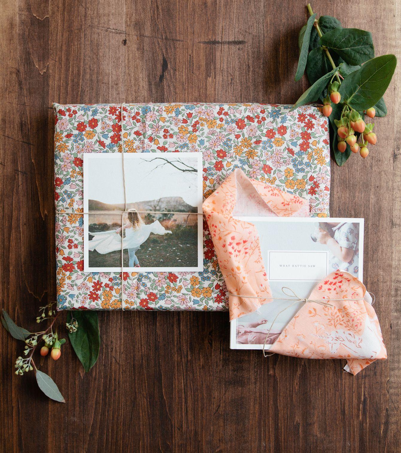 Diy fabric gift wrapping artifact uprising regalos - Regalos envueltos originales ...