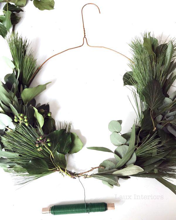Photo of DIY: simple advent door wreath from a hanger – Laux Interiors B …