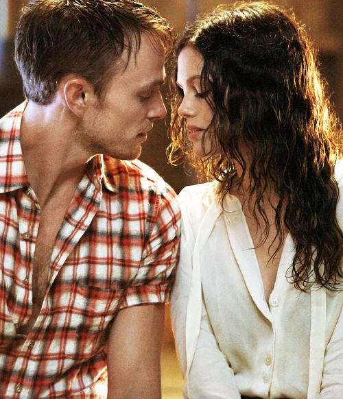 Hart of Dixie Zoe and Wade I just wish she would make her pick