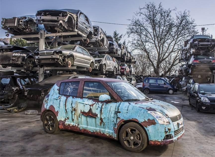 Rusty Suzuki Swift wrap. We collect and generate ideas