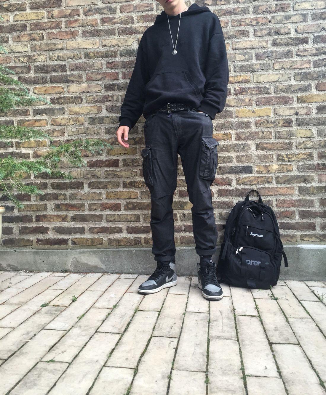 77941ea2f0f Mcqueen chain Gosha hoodie Goyard belt Gant cargo pants Jordan 1 shadows  Supreme SS15 backpack