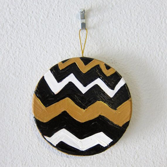 """WHO DAT Chevron Circle Ornament"" by #katnawlins on #etsy, $6.50 - #ornament #holidays #art #handpainted #gift #chevron #blackandgold #geauxsaints #neworleans #nola #zigzag"