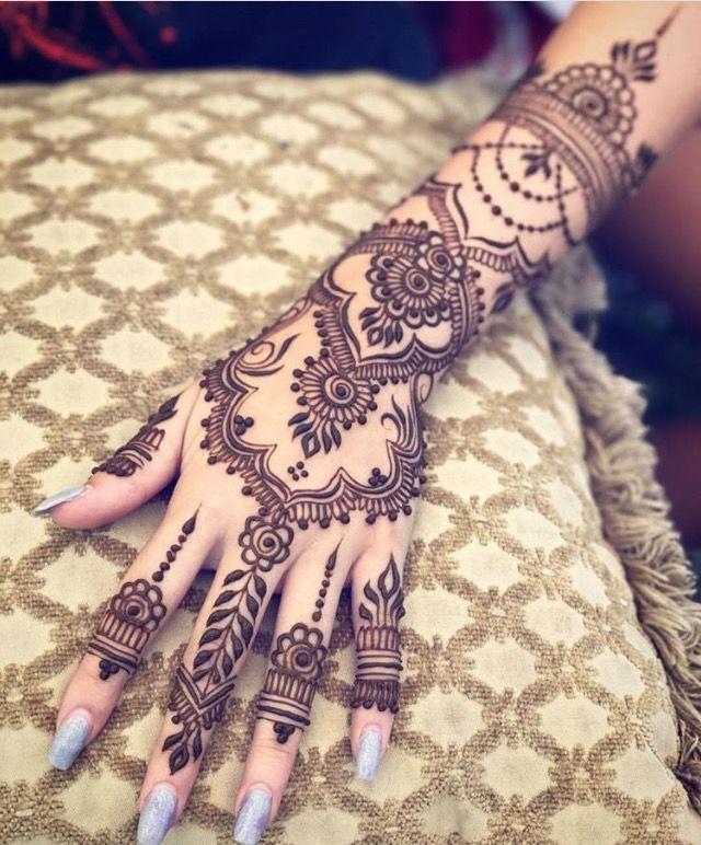 Pin By Narjes Hasan On Henna