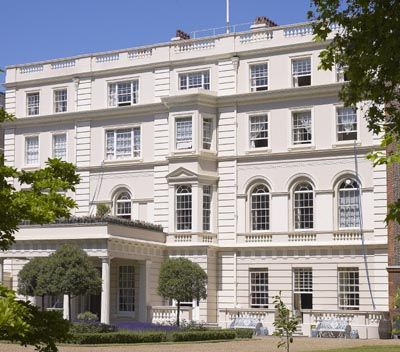 40++ Who lives in clarence house now information