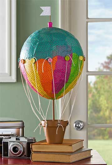Stiffy hot air balloon centerpiece mod podge rocks for Balloon decoration machine