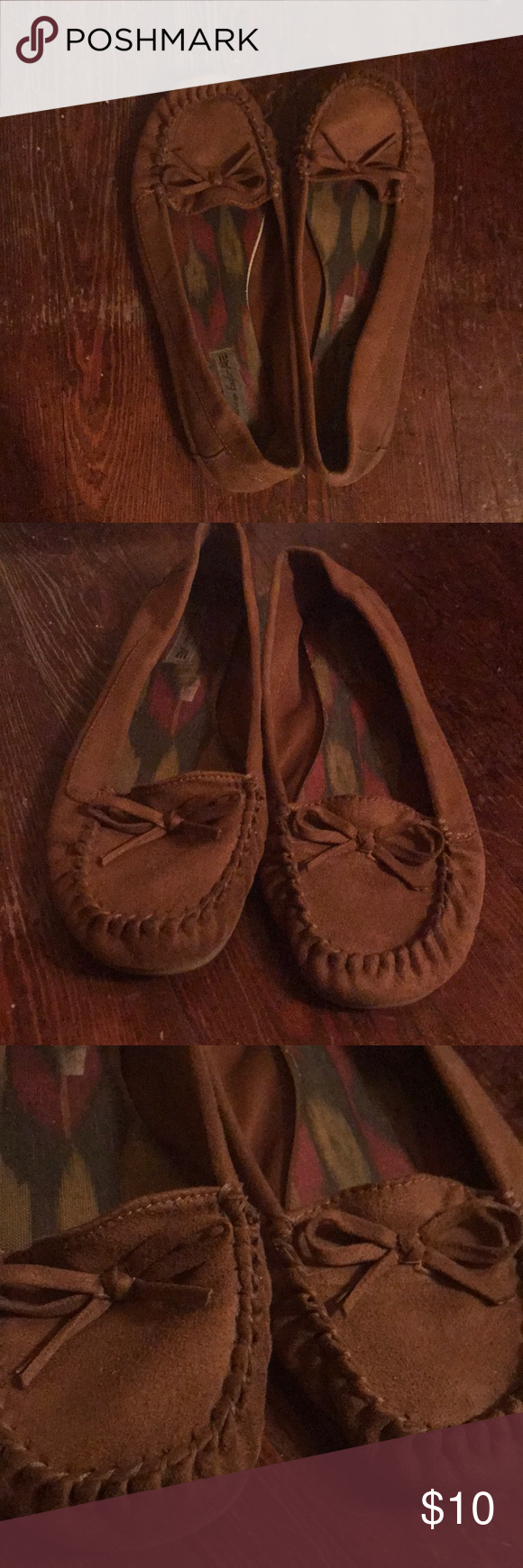 b11cc7c3f5a American Eagle Moccasins Tan Flat Lightly worn