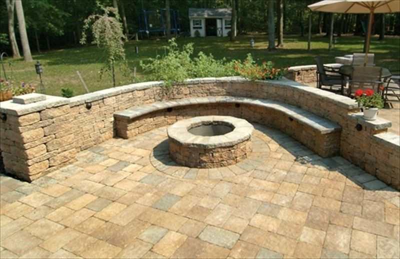 Fire Pit with built in seating | Decorative Walls | Pinterest | Idea ...