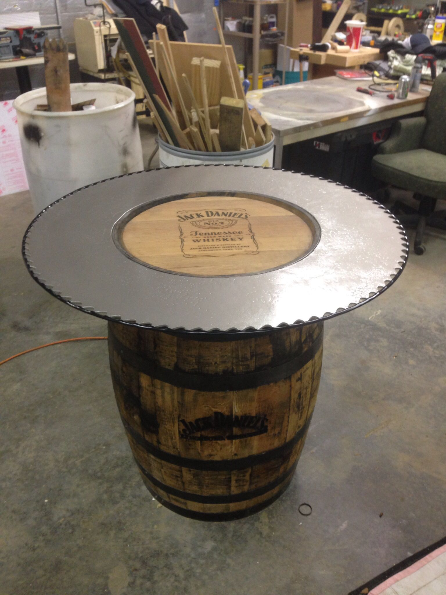 Jack Daniels Table Diy Pub Style Table Wood Barrel Ideas Pub