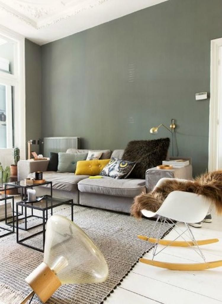 Groen is een prachtige kleur voor in de woonkamer meer for Welke muur verven woonkamer