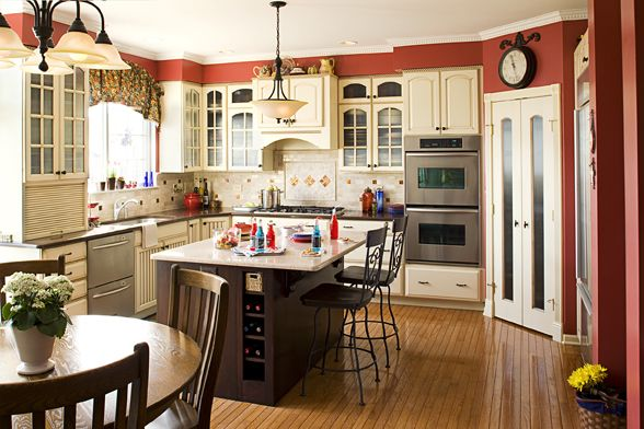 Kitchen makeover made an empty-nesting couple's great room greater!