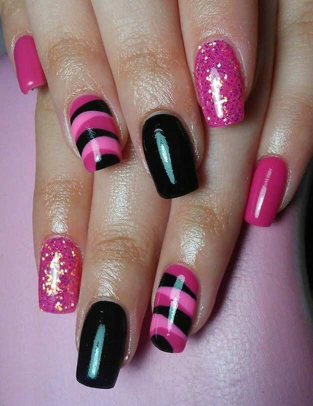 Pink and black nail art #nailart