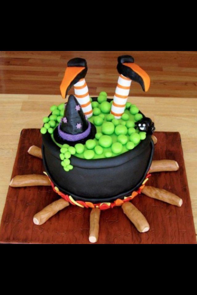 halloween cake - pretty cool ) Cakes Pinterest Halloween - decorating halloween cakes