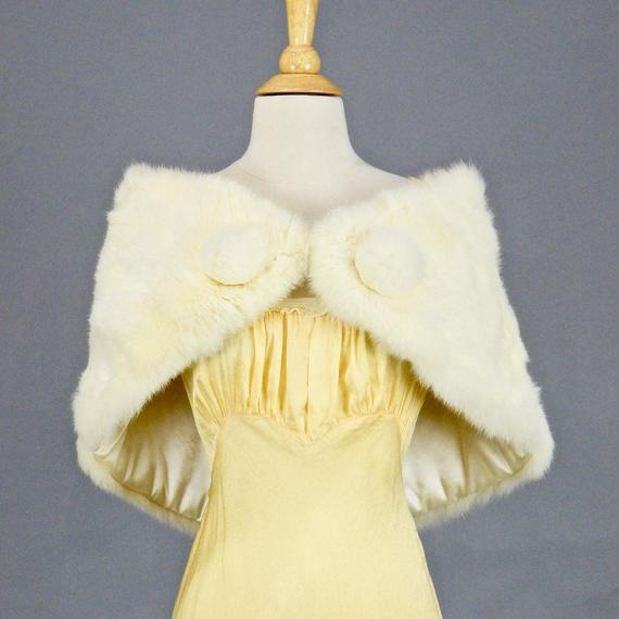 2add8db48 Vintage White Rabbit Fur Wrap, Fur Bridal Stole Shawl with Poms, Old  Hollywood Glamour Winter Weddin