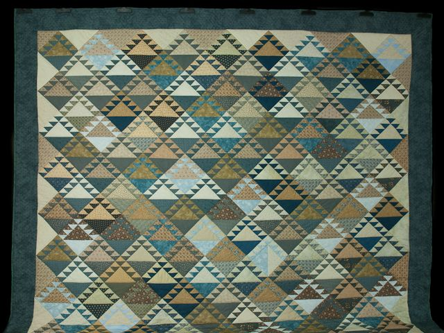 Blues and Tans Lady of the Lake Quilt King size bed Photo 2 ... : lady of the lake quilts - Adamdwight.com