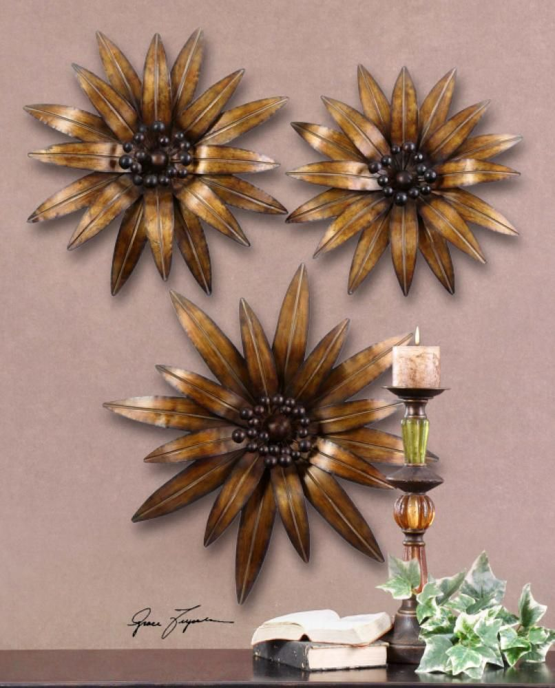 Golden gazanias s garbeusthis decorative wall art is made of