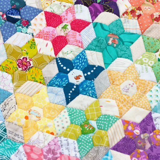 This EPP quilt pattern makes a great table runner, wall hanging ... : paper pieced star quilt patterns - Adamdwight.com
