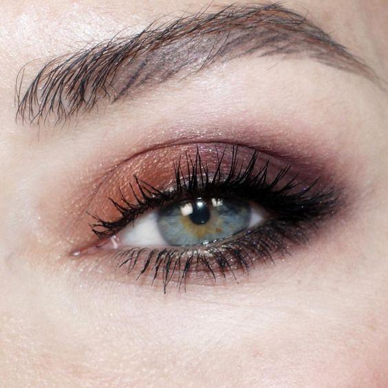 rauchbraune Augen grüne Augen   – Beauty