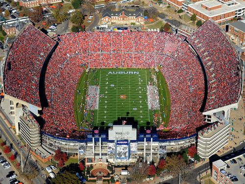 Jordan Hare Stadium Home Of The Auburn Tigers Saw The Cougs Play