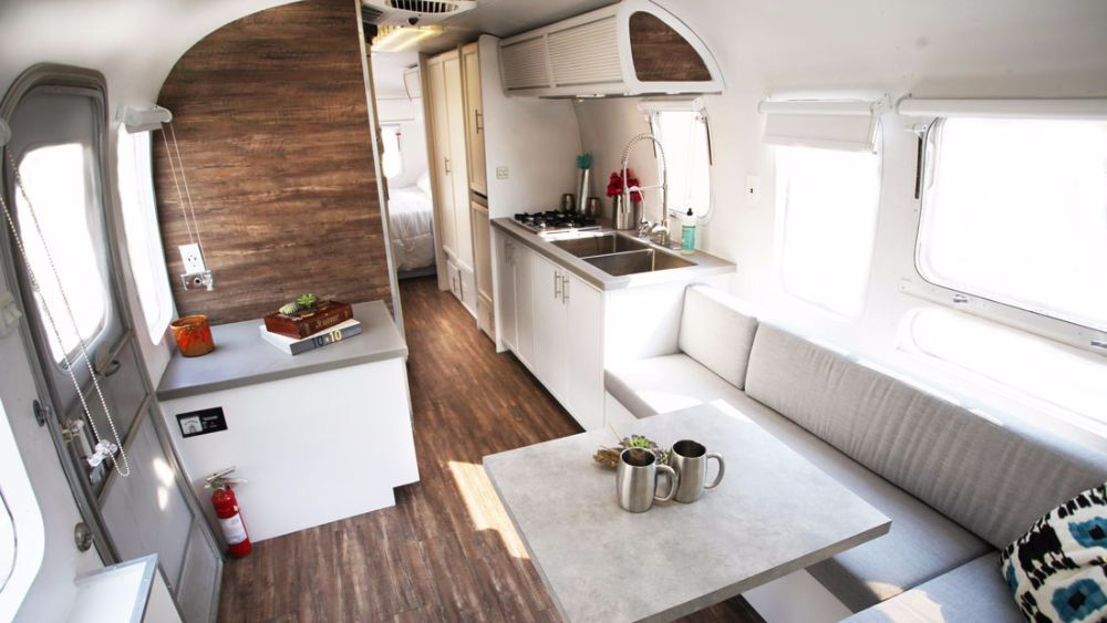 1984 Airstream Excella Floor Plan Google Search Airstream For Sale Vintage Airstream Airstream