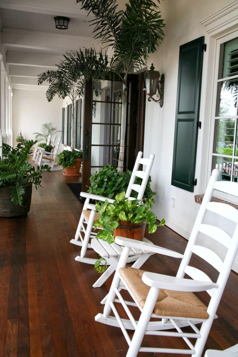 Front Porch Ideas Old rocking chairs, Wooden window