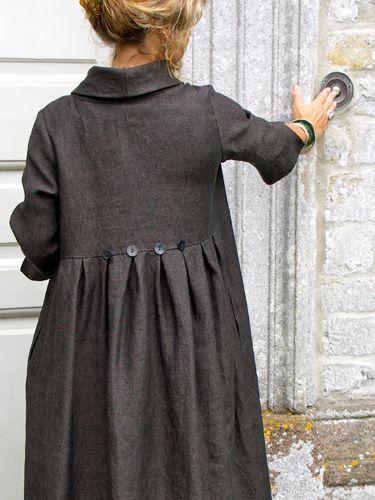 winter button dress / détail dos