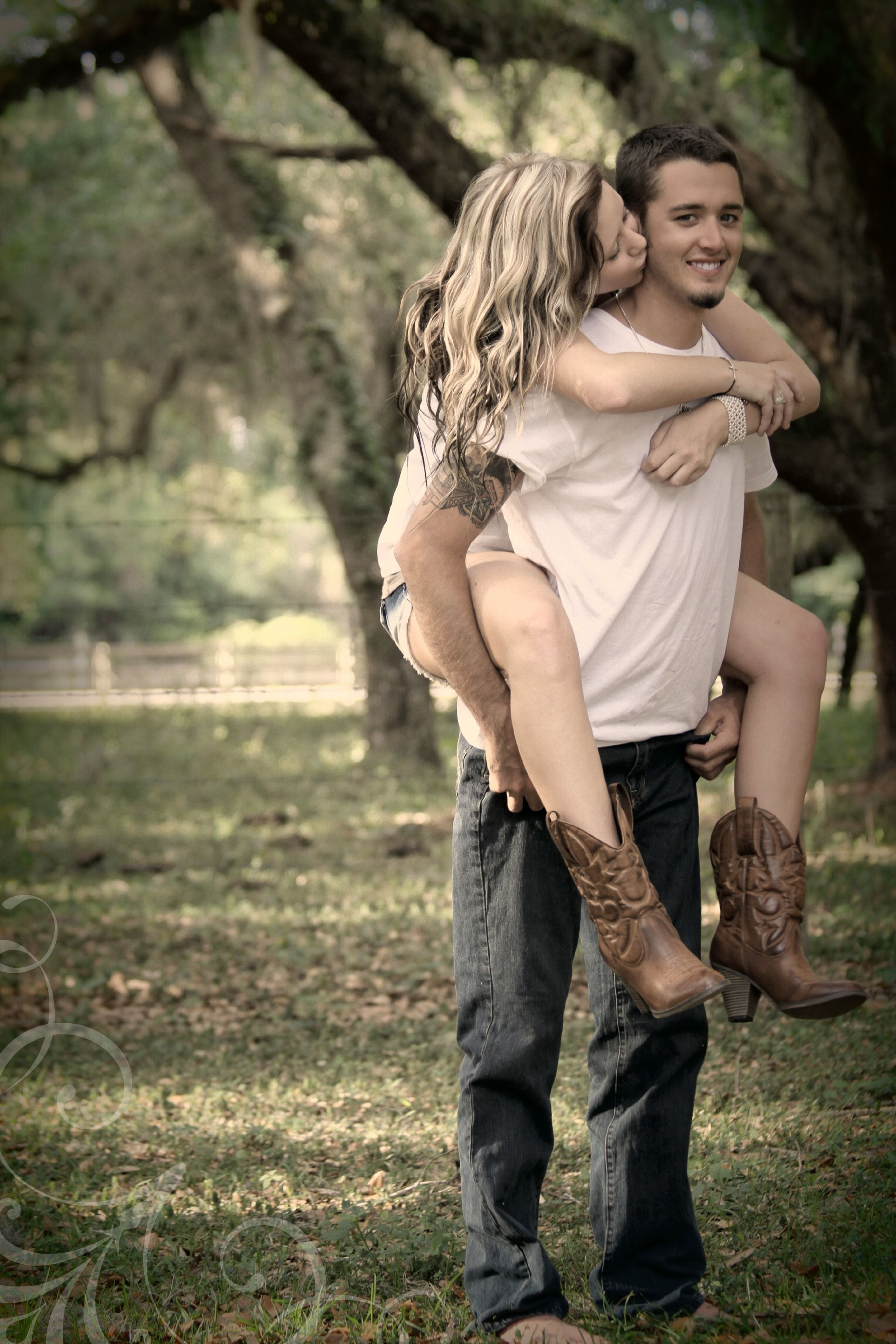 Country photography...engagement idea maybe??? | Country ...
