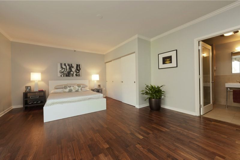 10+ Bedroom Hardwood Floor Ideas in 2020 | Cheap wood ...