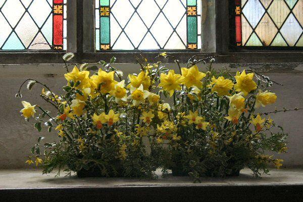 Daffodils Easter Flower Arrangements Easter Flowers Spring Flower Arrangements