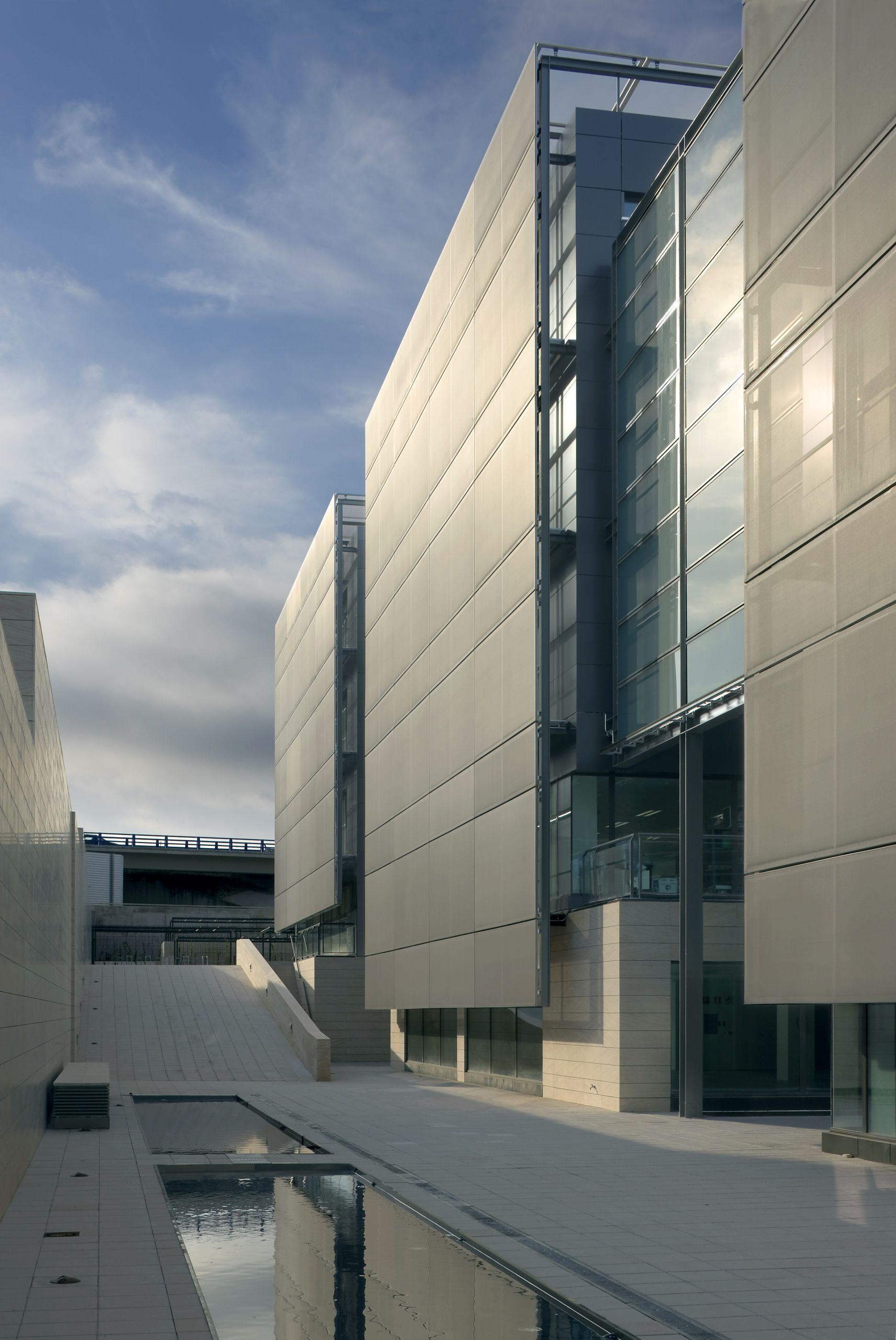 Tripark las rozas allende arquitectos madrid 2009 leed gold core shell office pinterest - Arquitectos interioristas madrid ...