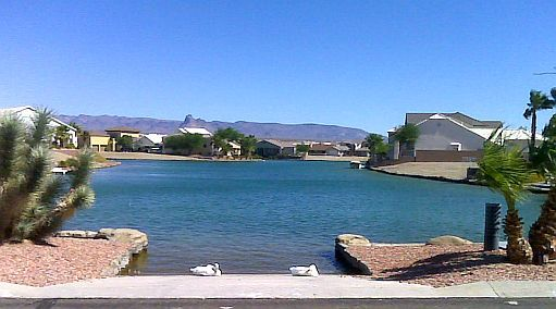Los Lagos is a beautiful community in Fort Mohave Arizona