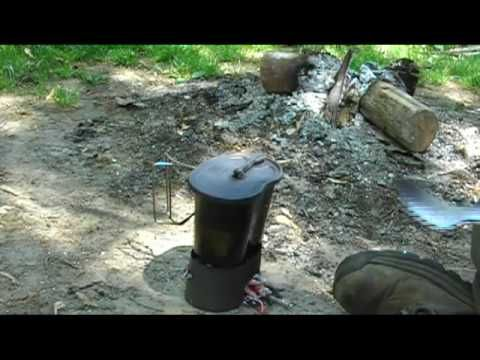 Cooking Rice and Sausage in the Canteen Cup