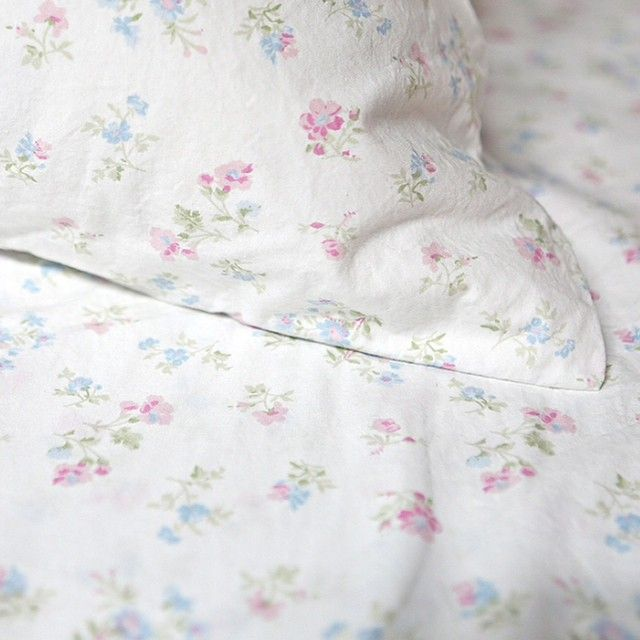 Rachel Ashwell Shabby Chic Couture Candy Floral Bedding Shabby Chic Home Accessories Shabby Chic Sheets Simply Shabby Chic