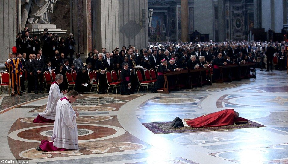 Pope Francis Slams Europe S Attitude To Migrants Pope Francis St Peters Basilica Pope