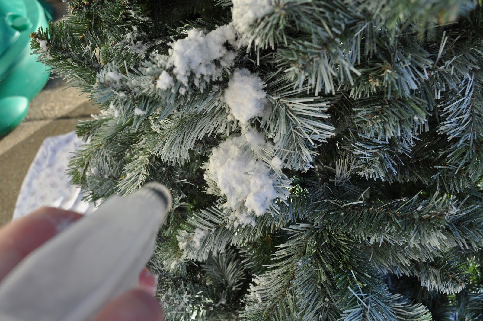 Textured Spray Paint White For Xmas Tree