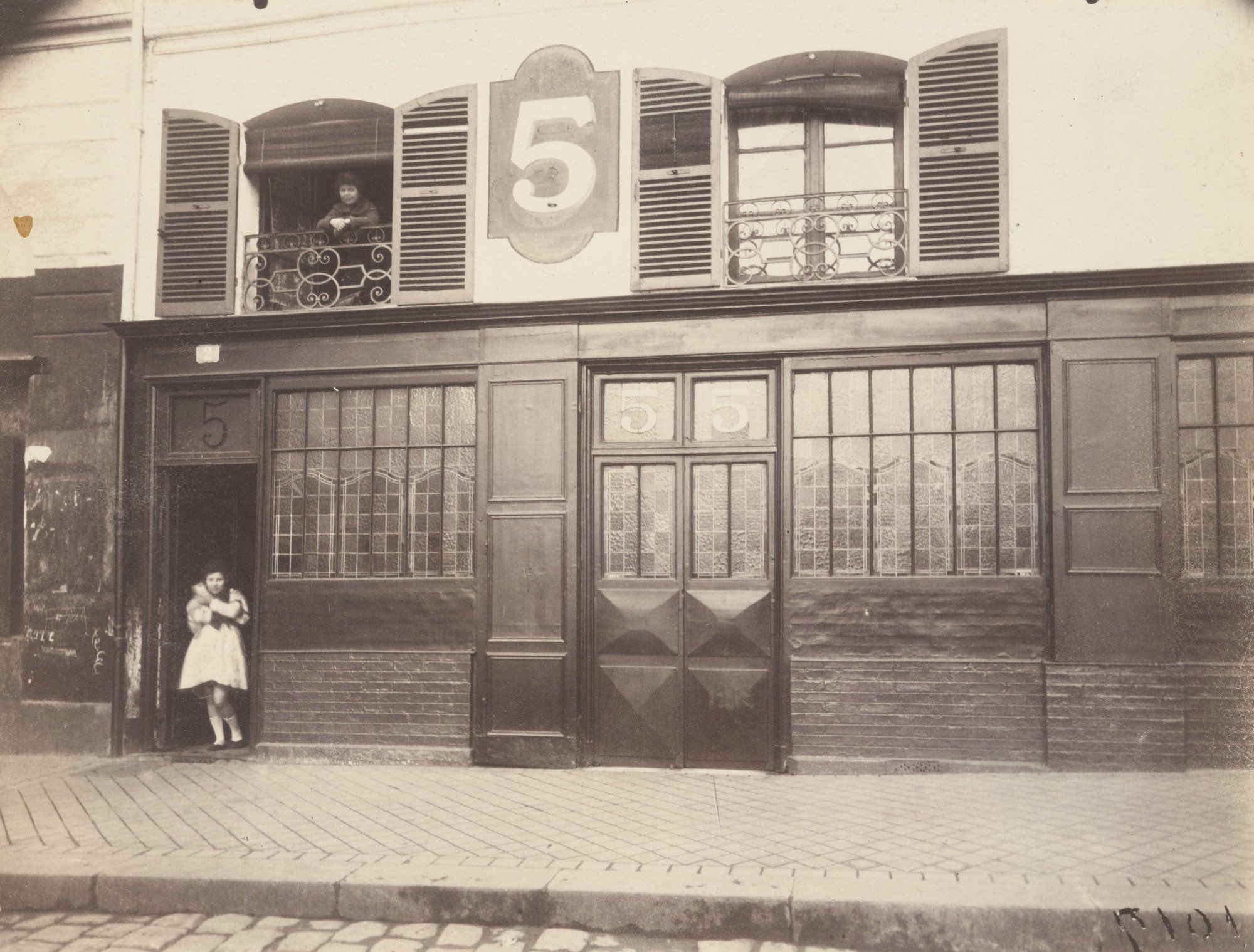 Eug¨ne At Maison  Versailles 1921