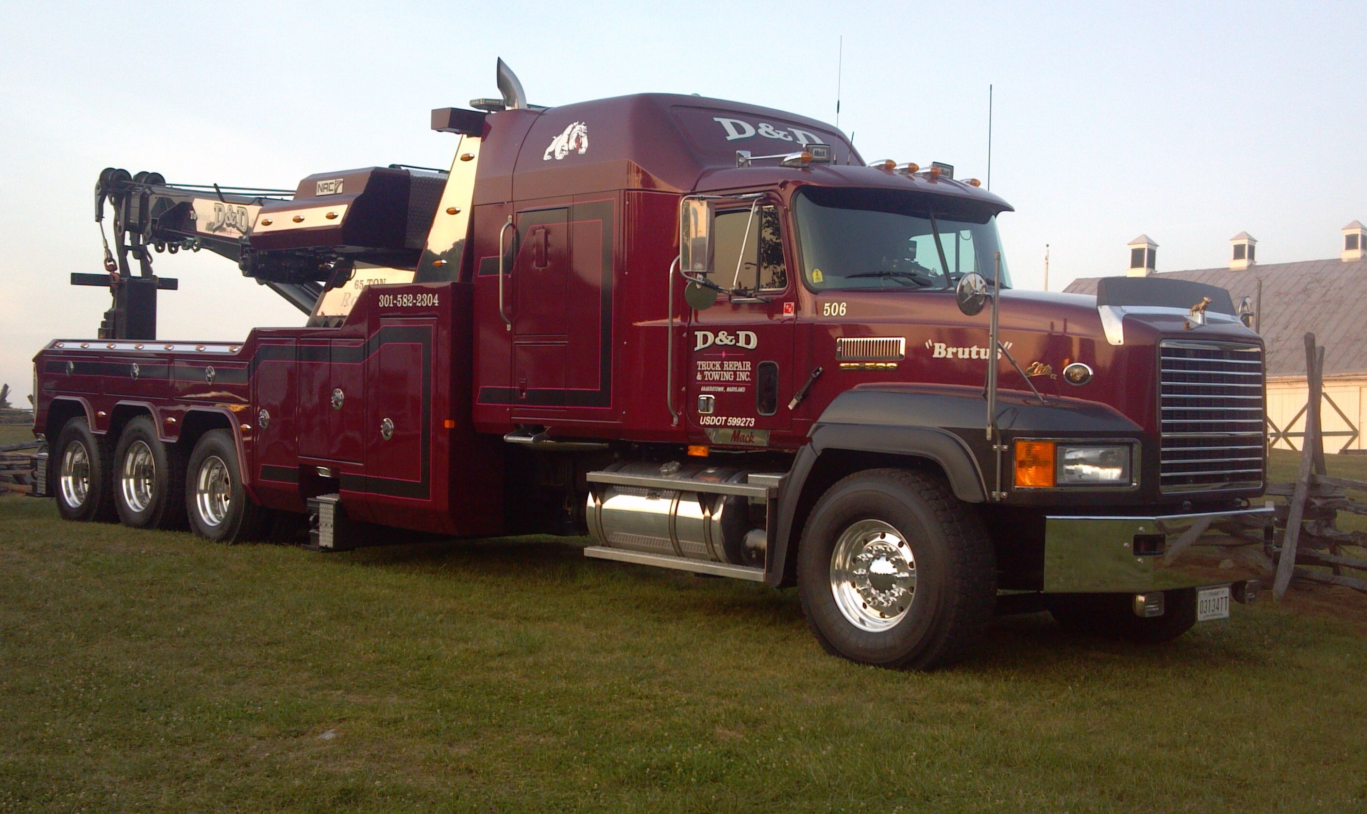 D & D Towing >> D D Truck Repair Towing Big Mack Wreckers Truck Repair