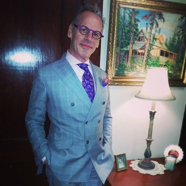 """#Lookoftheday #lod #frankbennettstyle #franklinbennettstyle #suit #doublebreast #style #fashion #plaid #eyewear #pink #picoftheday #trend #followme"""