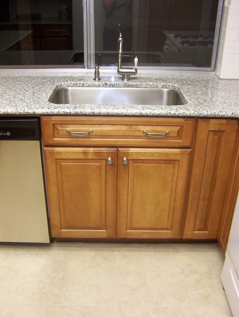 30 Inch Sink Base With Large Sink Installing Kitchen Cabinets