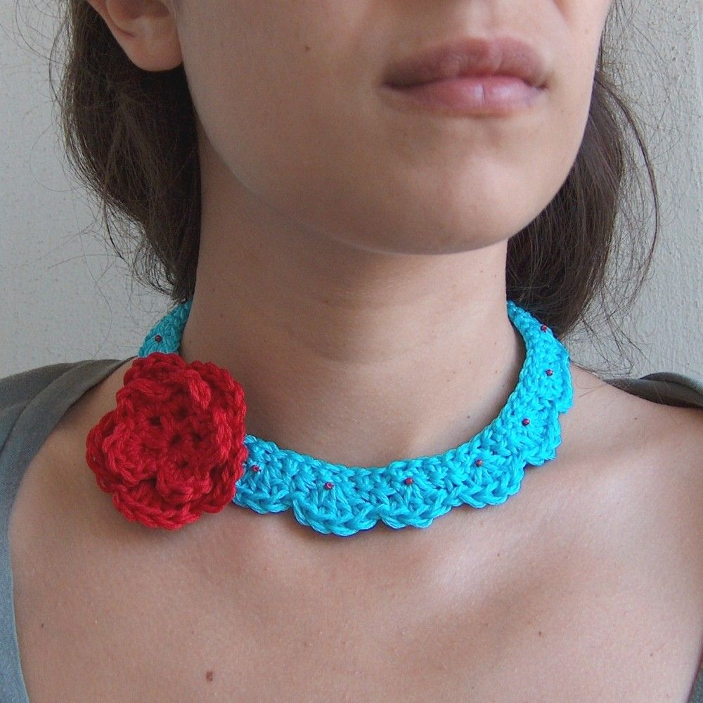 Turquoise and Red Crochet Choker with Flower Brooch | Taki ...