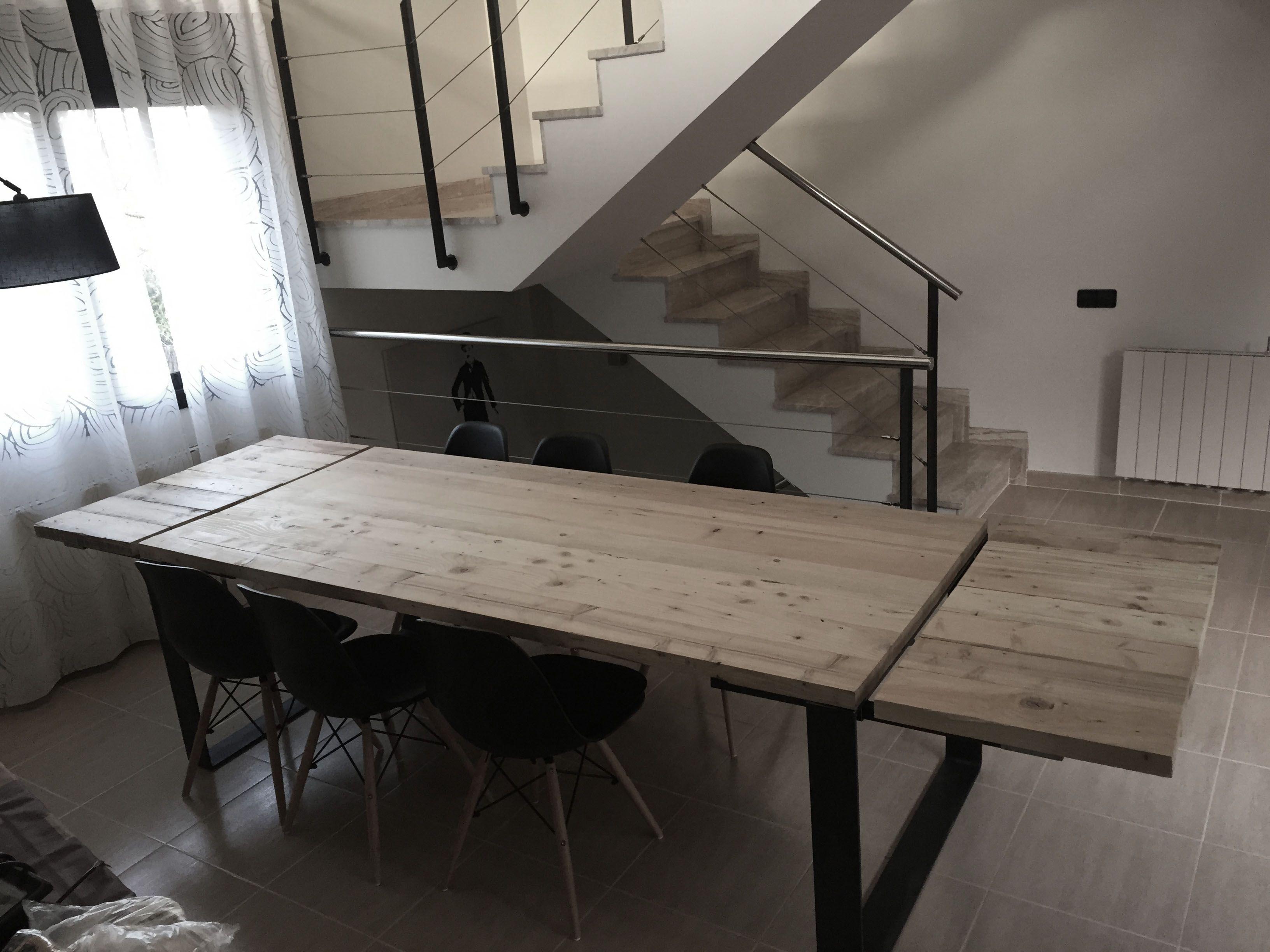 Mesas extensibles fabricadas a mano con maderas pino de for Mesa comedor industrial extensible
